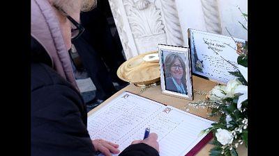 Travolta dalla folla, donna morì 19 mesi dopo