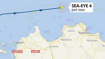 A bordo 415 persone soccorse al largo della Libia