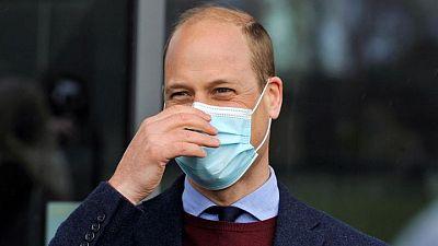 الأمير البريطاني وليام يحصل على الجرعة الأولى من لقاح كورونا