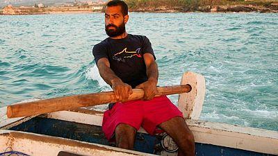 لبناني يركب البحر طلبا للرزق بعد أن خذلته دراسته الجامعية
