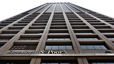 S&P le quita el grado de inversión a Colombia por persistente debilidad fiscal