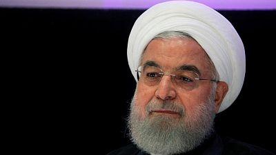 Rouhani dice que EEUU levantará sanciones a Irán; otro funcionario lo niega