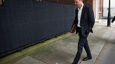 وزير خارجية بريطانيا يرحب بوقف إطلاق النار في إسرائيل وغزة