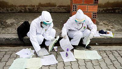 """Las vacunas son """"satánicas"""": el escepticismo golpea la campaña contra el COVID-19 en Bolivia"""