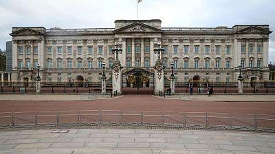 استطلاع: الشباب البريطاني لا يريد الملكية