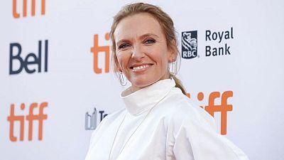 Toni Collette supera los obstáculos lingüísticos en un drama ecuestre galés