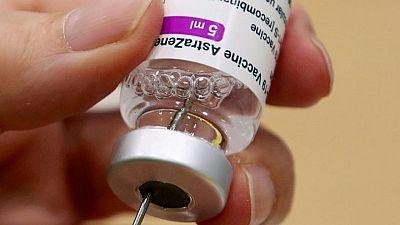 La UE recomienda no aplicar la segunda dosis de AstraZeneca a personas con trombos