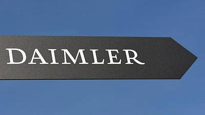 Daimler to keep 35% stake in trucks spin-off