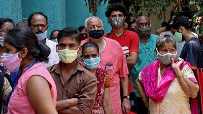 كوفيد ينتشر في ريف الهند وارتفاع الوفيات اليومية مرة أخرى فوق 4000