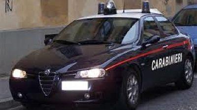 Domiciliari dopo l'indagine dei carabinieri nel Parmense