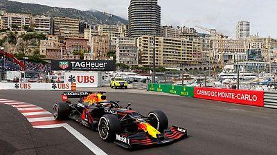 Verstappen gana en Mónaco y lidera el campeonato de la F1