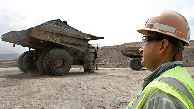 Mina de carbón Cerrejón en Colombia detiene operaciones por bloqueos que afectan llegada de insumos