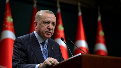 Erdogan calls on U.S. executives for better ties with Turkey