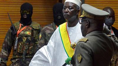 West African officials head for Mali after 'attempted coup'