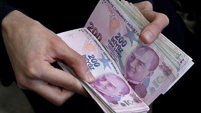 الليرة التركية تهبط إلى 8.45 مقابل الدولار..أضعف مستوى في أكثر من أسبوع