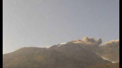 Ingv-Oe ha emesso Vona 'rosso', aeroporto di Catania operativo