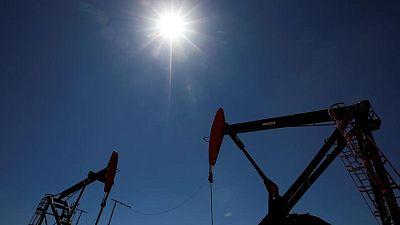 PETRÓLEO-Crudo opera estable; perspectiva de suministro iraní contrarresta optimismo por demanda
