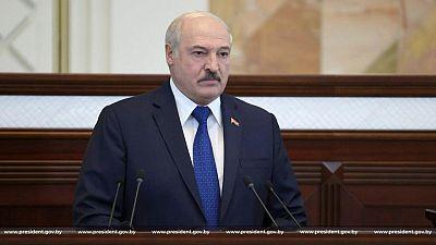 El desafiante líder bielorruso acusa a Occidente de librar una 'guerra híbrida'