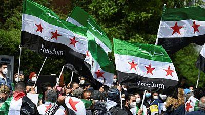 سوريون في المنفى يفقدون الأمل في العثور على ذويهم مع قرب إعادة انتخاب الأسد