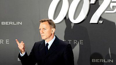Películas de James Bond seguirán en el cine a pesar de acuerdo con Amazon: productores