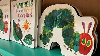 وفاة كاتب الأطفال الأمريكي إريك كارل عن 91 عاما