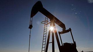 تراجع أسعار النفط بعد ارتفاع مخزونات الخام الأمريكية