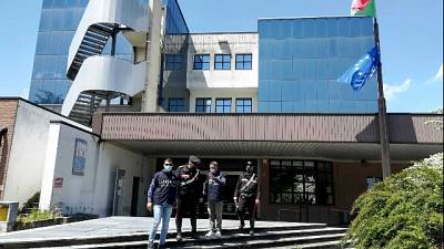 Cinque denunce, indagine dei carabinieri di Reggio Emilia