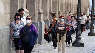 الأرجنتين تسجل ارتفاعا قياسيا في إصابات كوفيد-19 اليومية