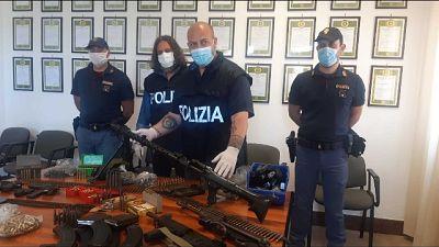 Nuovo sequestro in masseria Andria, 3 fucili e mille munizioni
