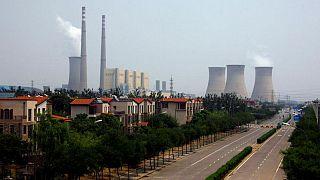 وكالة: على العالم مضاعفة استثماره في الطاقة النظيفة لثلاثة أمثاله لمحاربة تغير المناخ