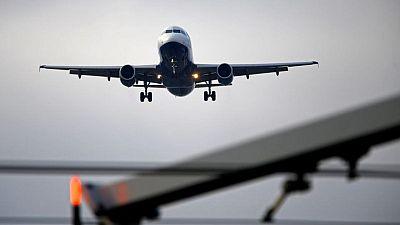 Jefe de IATA responsabiliza a gobiernos por prolongar crisis de viajes aéreos