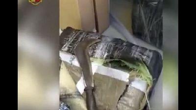 Operazione della polizia nel Torinese. Sequestrati 550mila euro