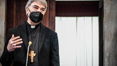 Arcivescovo a inaugurazione affresco Madonna di Costantinopoli