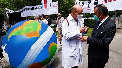 أطباء ينظمون مسيرة إلى مقر منظمة الصحة بجنيف للمطالبة بمكافحة تغير المناخ