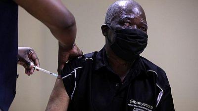 جنوب أفريقيا تشدد من قيود كورونا مع زيادة الإصابات