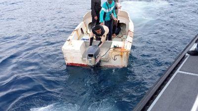 Due barchini bloccati dalla Guardia di finanza