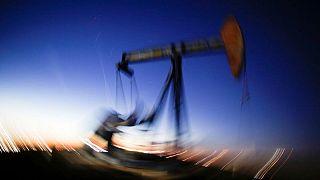 PETRÓLEO-Precio del crudo sube antes de reunión de política de OPEP+