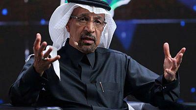 عُمان والسعودية تبحثان الاستثمار بعد أيام من احتجاجات في السلطنة بسبب البطالة