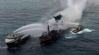 Un carguero químico se hunde frente a Sri Lanka y contamina sus aguas pesqueras