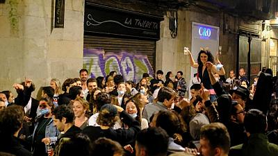 Nightlife reopening plan too slow for some Spanish regions, too loose for others