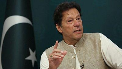 مقتل أكثر من 36 في اصطدام قطارين بجنوب باكستان