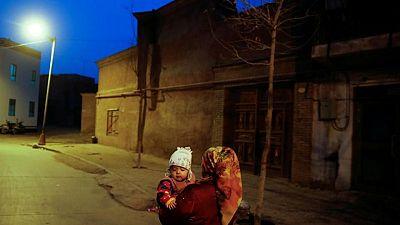 حصري-تقرير: سياسات الصين قد تمنع ملايين المواليد من الويغور في شينجيانغ