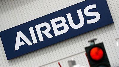 إيرباص تسلم 50 طائرة في مايو ولوفتهانزا تجري تعديلات في طلبيات إيه350