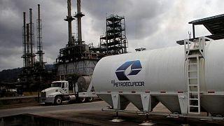 Estatal Petroecuador adjudica octava venta spot de crudo Oriente y Napo