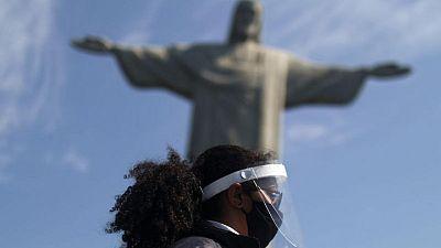 البرازيل تسجل 39846 إصابة جديدة بفيروس كورونا و827 وفاة