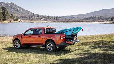 Ford to offer new Maverick compact pickup standard as hybrid