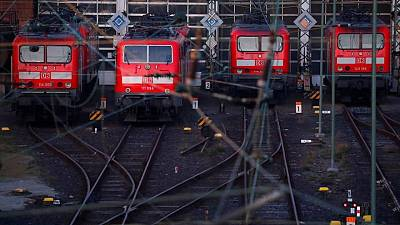 German train drivers to go on summer strike over wages