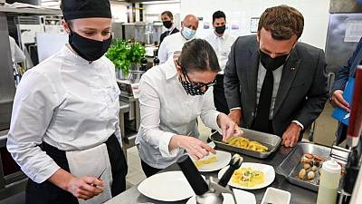 Macron promises to help restaurants deal with post-pandemic staff shortage