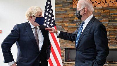 Biden y Johnson hablaron sobre corredor de viajes entre Reino Unido y EEUU, según Raab