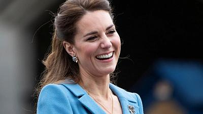 U.S. first lady to visit British school with duchess Kate